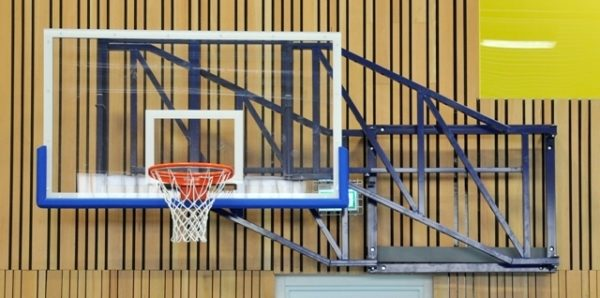 Basketbalinstallatie uitdraaibaar